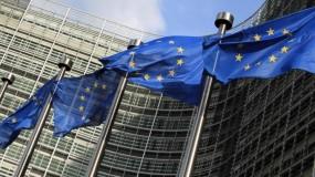 الاتحاد الأوروبي يعتزم إلزام المنتجين باعتماد شاحن موحد لجميع الهواتف الذكية